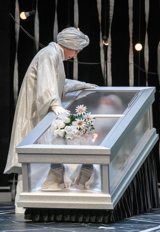 el funeral teatro arriaga